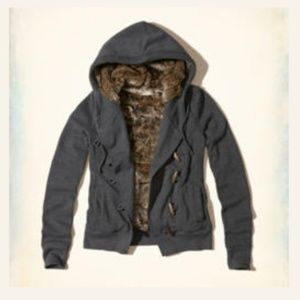 Hollister faux fur toggle hoodie xs